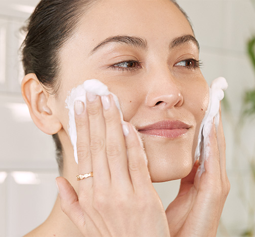 Model cleansing face