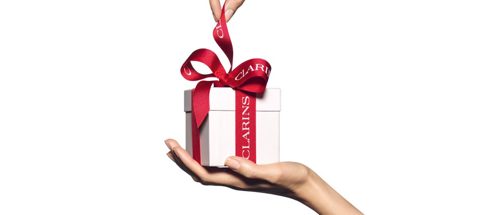 93493a903e82 Your beauty gift sets with the Clarins Gift Finder - Clarins